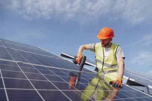 zonnepanelen-duurzaamheid-verwarming-energie-besparen